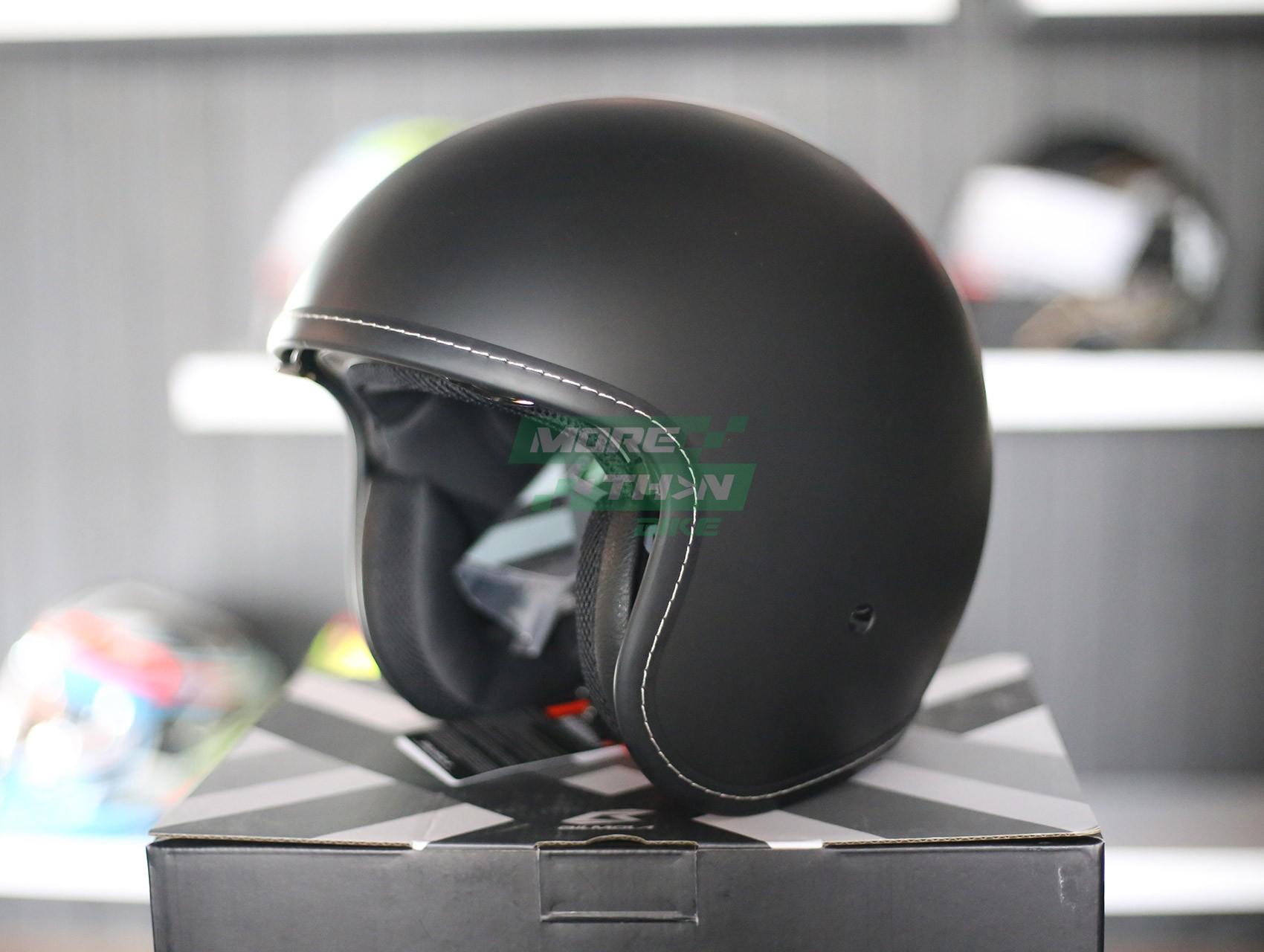 หมวกกันน็อค-Bilmola-รุ่น-Voyager-Plain-Black-1