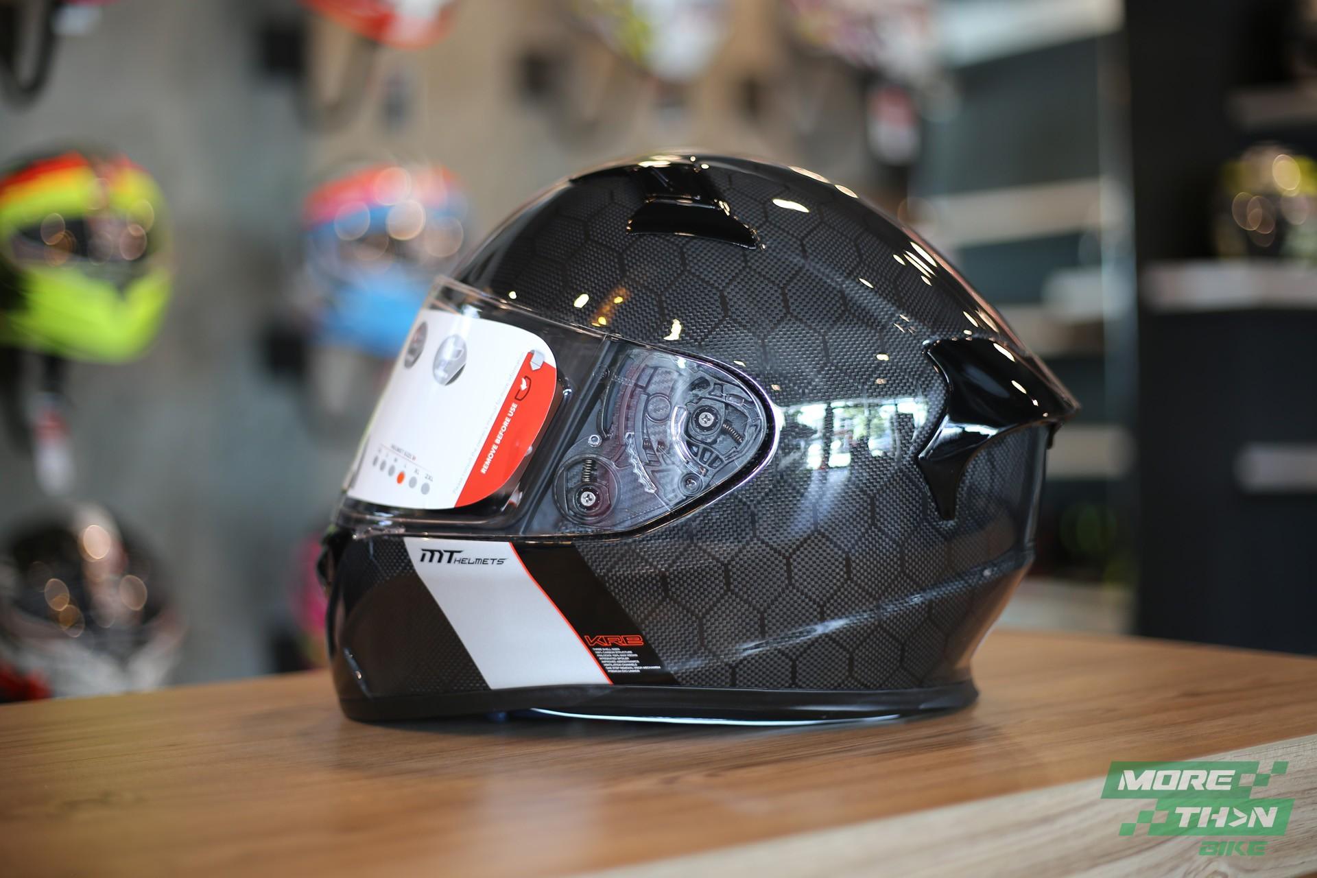 หมวกกันน็อค MT KRE Snake Carbon 1