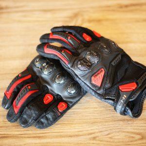 RST444 Velocity Mesh Glove