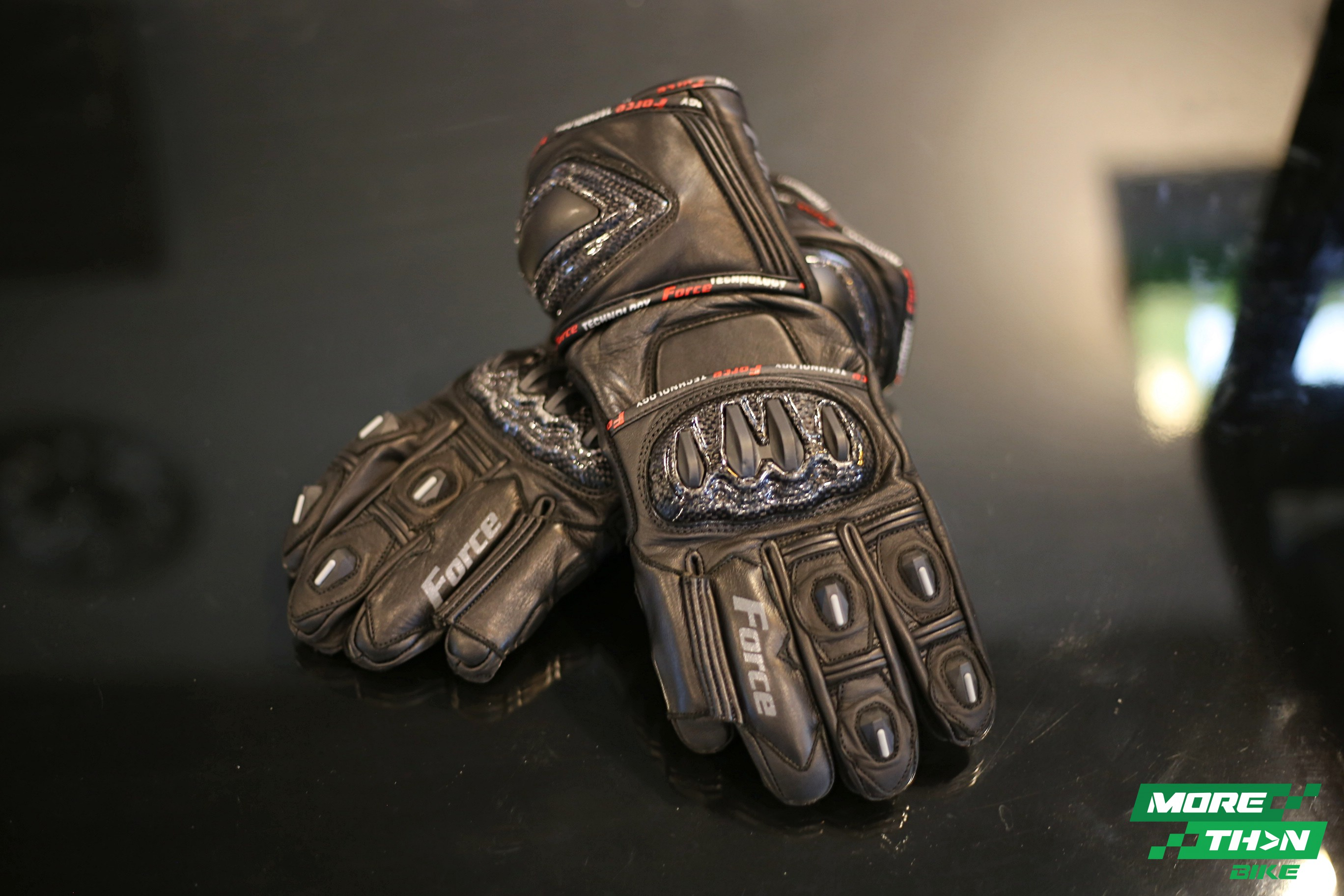 force-glove-race-pro-1